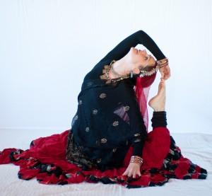 Annya Ishtara belly dance Taos NM, Rajasthani Gypsy dance, kalbelia dance